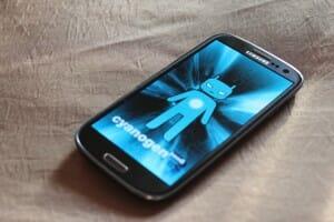 cyanogenmod-9-ics-300x200.jpg